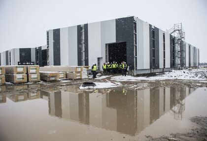 A Hunent Zrt. Mélykúton épülő pecsenyekacsa-vágóhídja 2018. február 20-án. A cég 12 milliárd forintos beruházása 350 munkahelyet teremt.