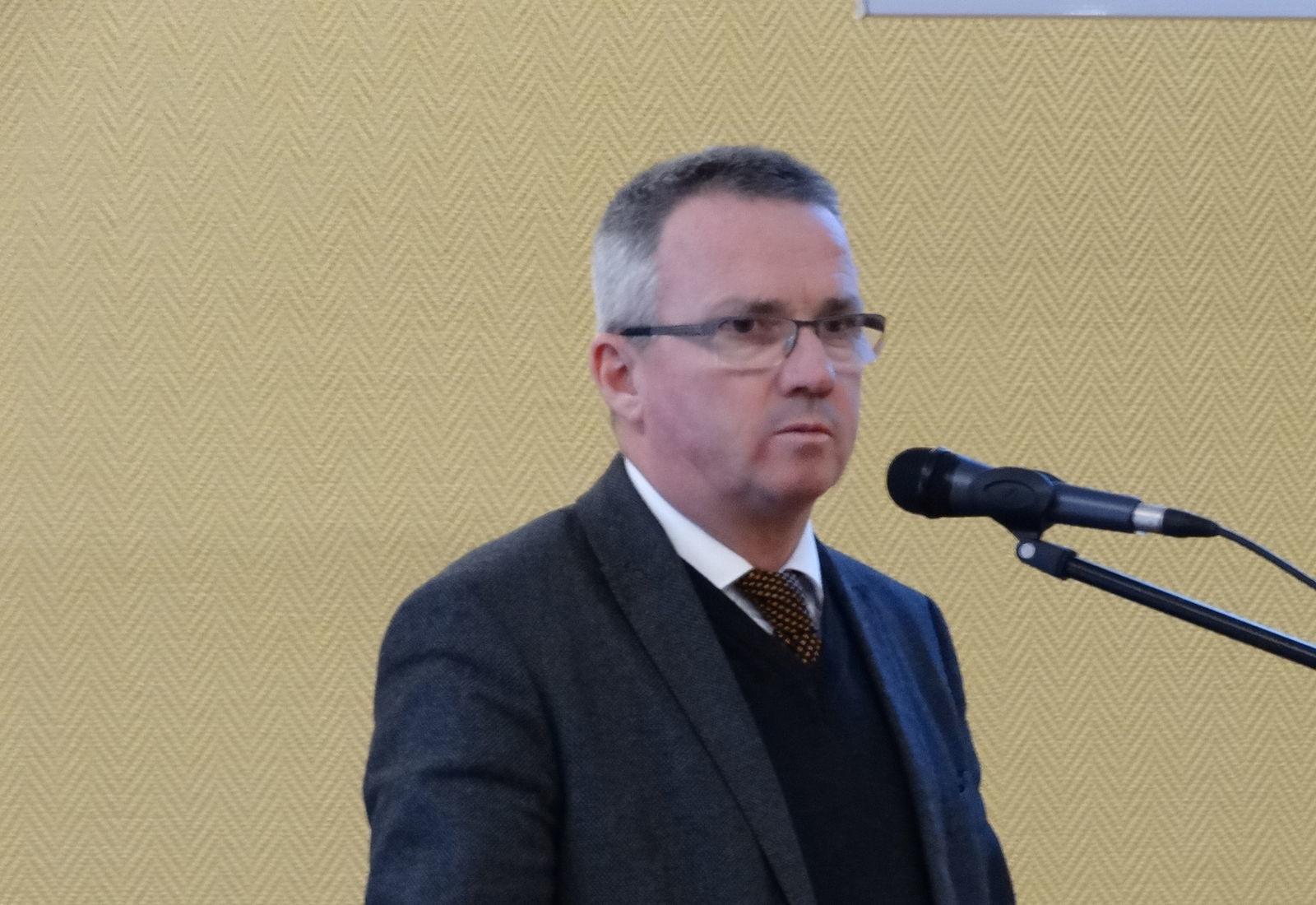 Orlóci László: az élelmiszer-termelés mellett a dísznövény-termékeket előállító díszkertész szakma is számottevő nemzetgazdasági jelentőséggel bír