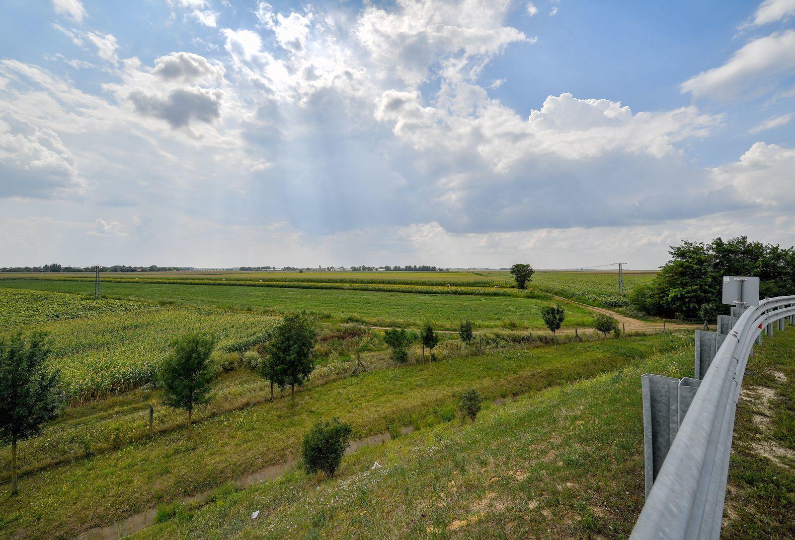 A BMW leendő gyárának helyszíne: mezőgazdasági területek.