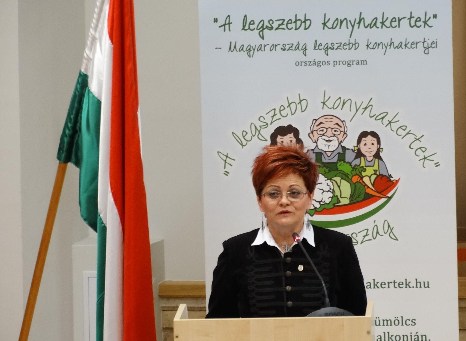 Kovács Szilvia: az idei szélsőséges időjárás sem fogott ki a kerteseken